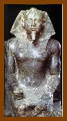 Estátua de diorito do Egito Antigo.